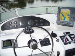 Bayliner 39ft 3988 Command Bridge 39 Foot Powerboat 1998 YX0100000167